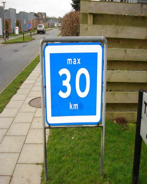 Vejskilte fartbegrænsning max 30 km