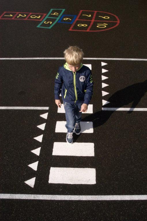 Stribemaling decor til skolegård/legeplads